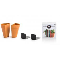 Plant pot bookends by Andy...